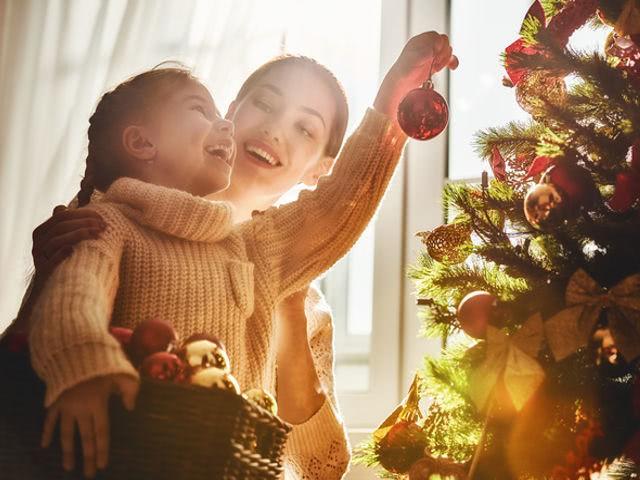 Новый Год больше всего ждут маленькие дети, которые верят в…