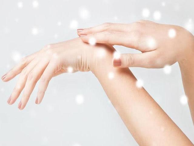 Кожа рук и лица осенью — уход от сухости, шелушения и жирного блеска