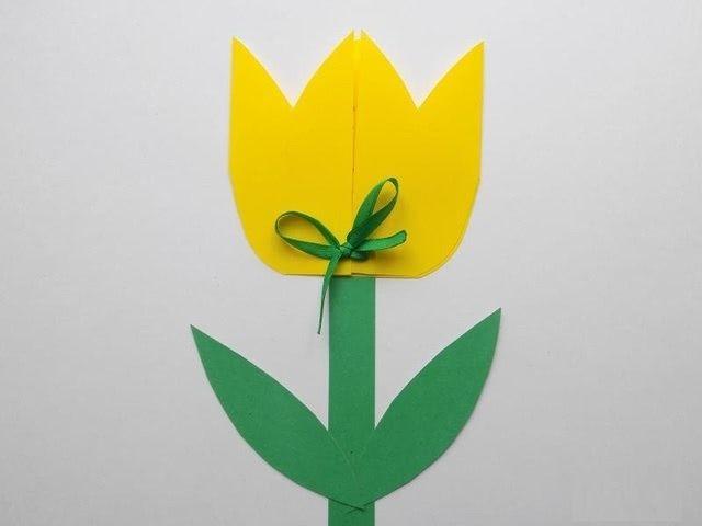 Простая, но красивая поделка в виде тюльпана_4