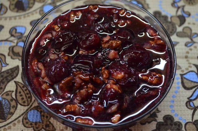 устое варенье из черешни на зиму без косточек с целыми ягодами и грецким орехом – пошаговый рецепт с фото_1