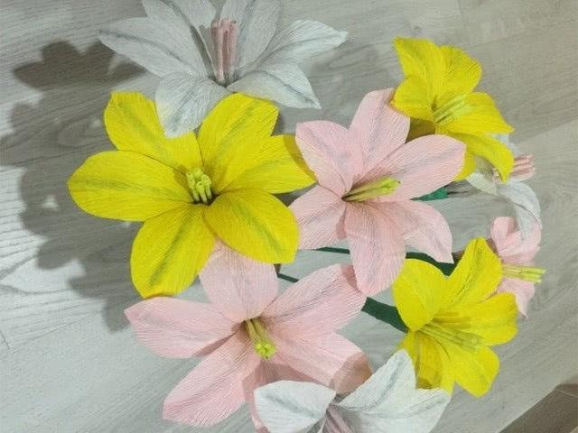 Цветы из гофрированной бумаги своими руками: схемы ...