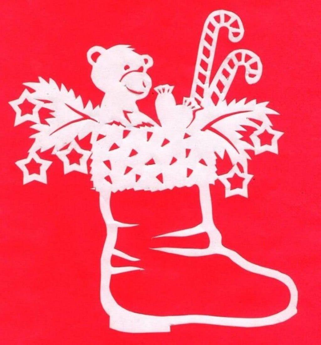 Сказочные новогодние вытынанки: домики, Щелкунчик, Снежная королева (шаблоны для распечатки и вырезания)-10