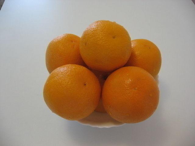 Апельсины сжигают жир